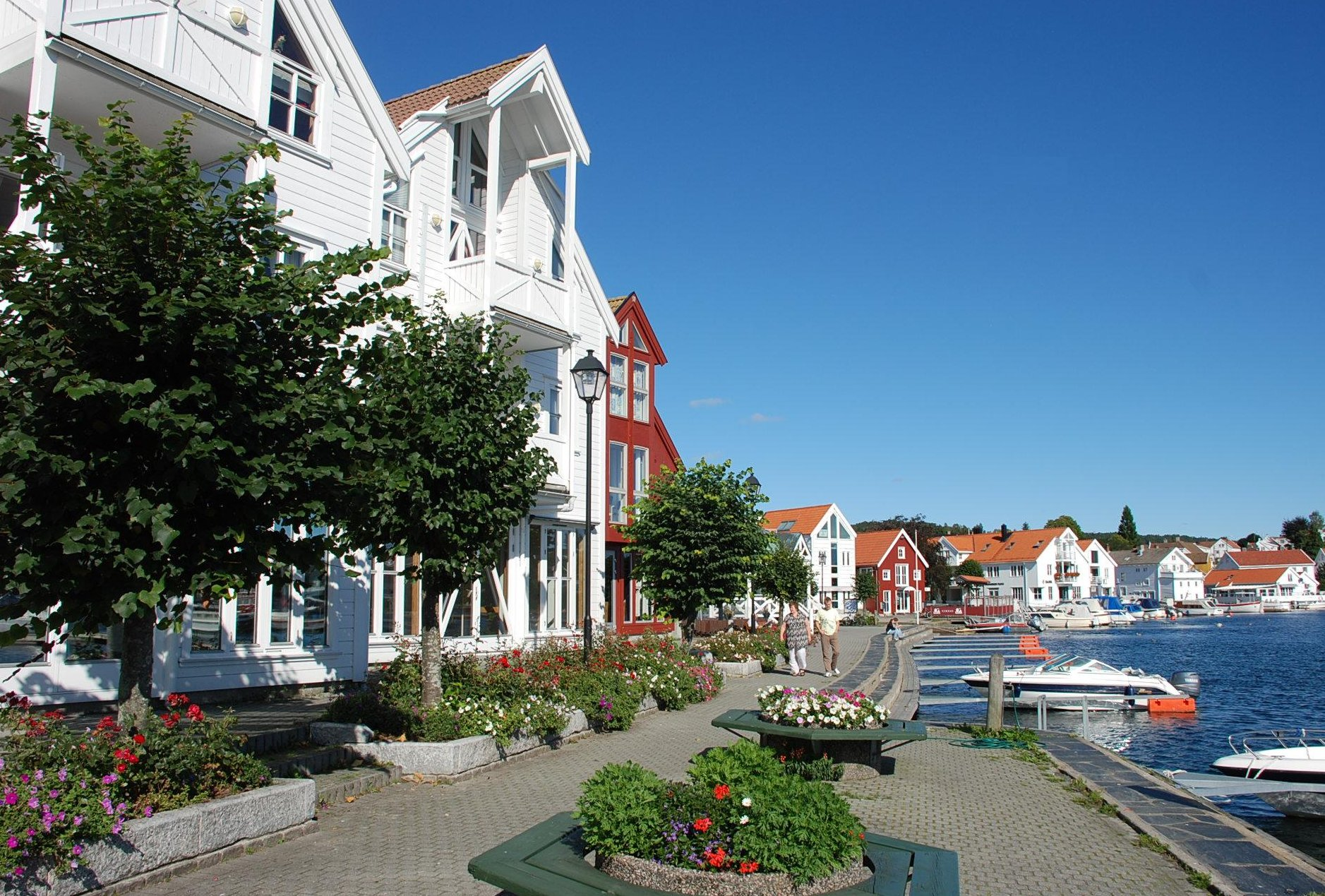 Lillesand waterfront | A Traveler's Photo Journal