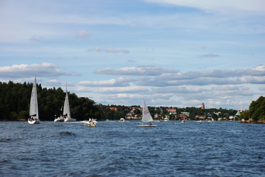 Boat traffic, with Vaxholm in the background.