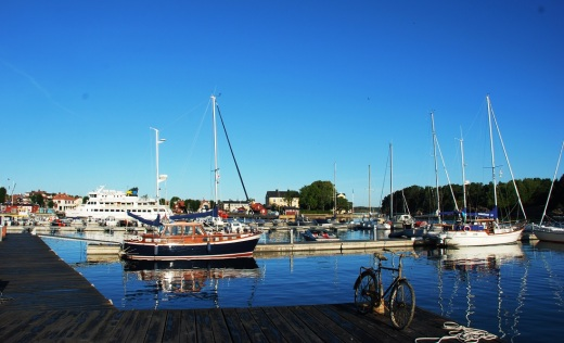 Sandhman docks.