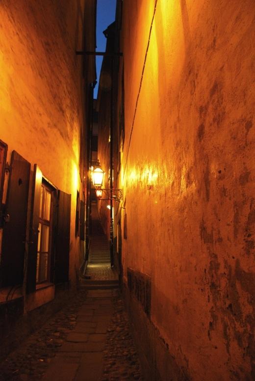 Gamla Stan's most narrow street, Marten Trotzigs Grand