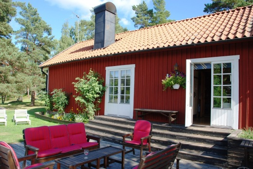 Jan and Dawne's place in the Swedish archipelago