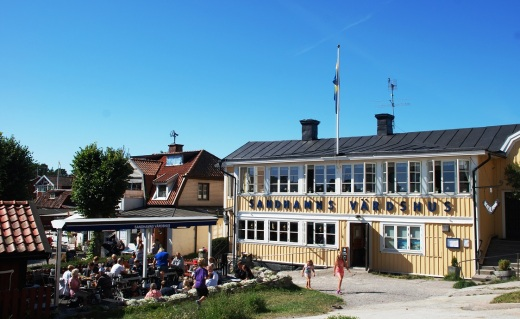 Sandhamn Vardhus, a popular eating spot with very good fish soup