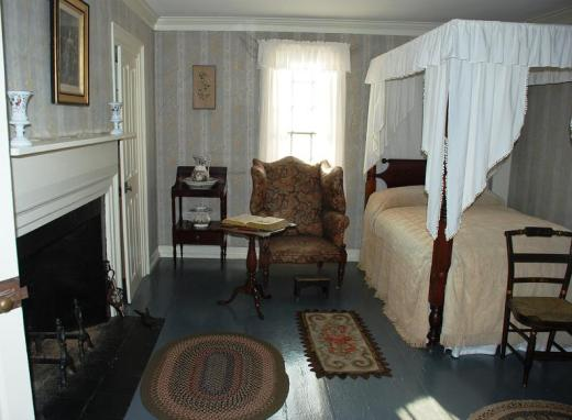Another Aldrich House bedroom.