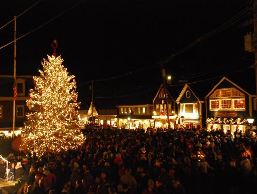 Kennbunkport's main square at the tree lighting.