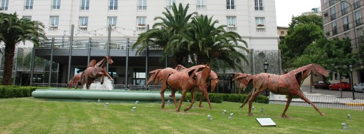 The Four Season's hotel horse sculptures