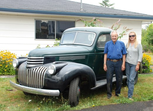 Dad, Laury, 1946 pickup