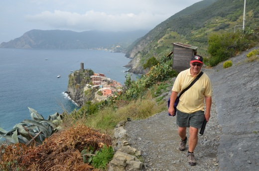 Augie on the trail just after leaving Vernazza