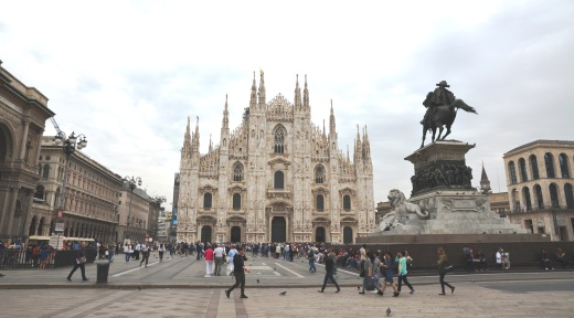 The Milan Duomo in the light of day.