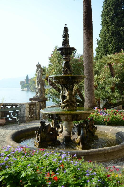 Fountain at Villa Monastero