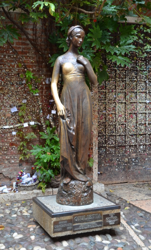 The statue of Juliet
