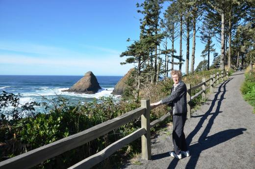 The trail up to the Heceta Lighthouse
