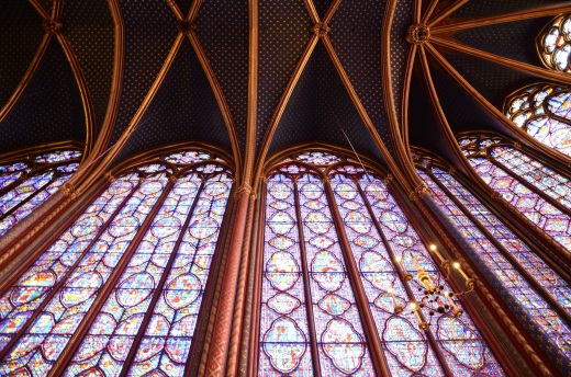 Ingterior of the upper chapel Sainte-Chapelle