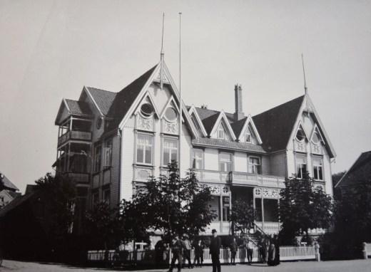 Karhus Hotel