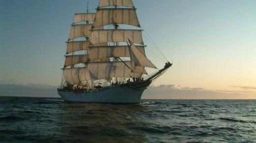 The Statsraad Lehmkuhl under sail