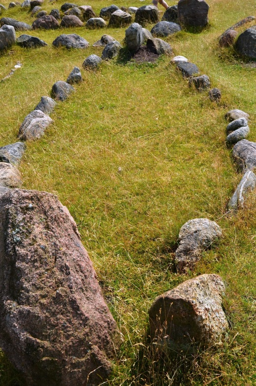 A boat shaped Viking grave