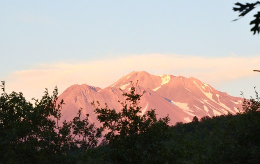 The final evening light on Mt Shasta