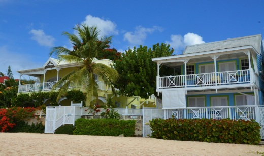 Pretty private homes along the beach near Rockley